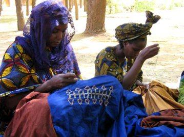 Κεντήστρες Maradi, στο Niamey του Νίγηρα, Δεκέμβριος 2007, του Franck Salin