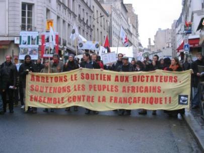 ΌΧΙ στη γαλλική στρατιωτική παρέμβαση στο Μαλί - NO to the French military intervention in Mali - NON à l'intervention militaire française au Mali  [Enlarge-agrandir-μεγαλώστε]