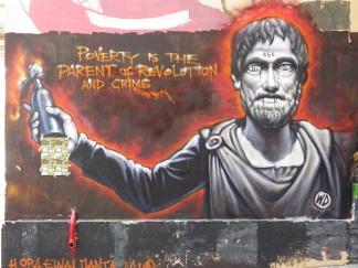Η φτώχεια είναι ο γονιός της επανάστασης και του εγκλήματος - Poverty is the parent of revolution and crime - La pauvreté est le parent de la révolution et du crime [Μεγαλώστε - Enlarge - Agrandir]