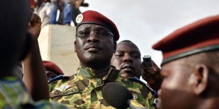 Burkina Faso: the  lieutenant-colonel Zida appointed Prime Minister - Burkina : le lieutenant-colonel Zida nommé premier ministre